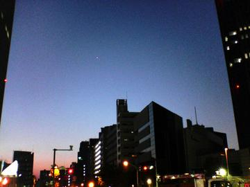 金星と木星の接近、中野坂上から撮影