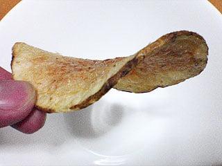 グッドヘルス オリーブオイル ポテトチップの厚み