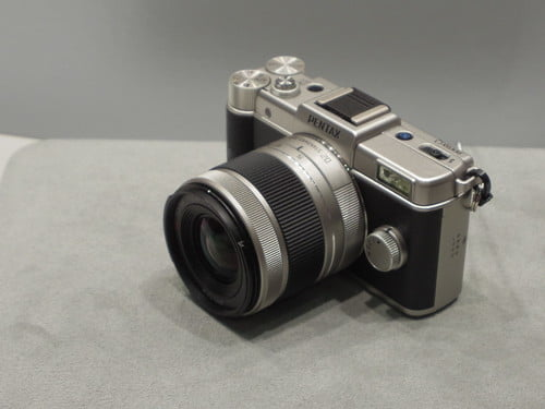 PENTAX Q Limited Silver
