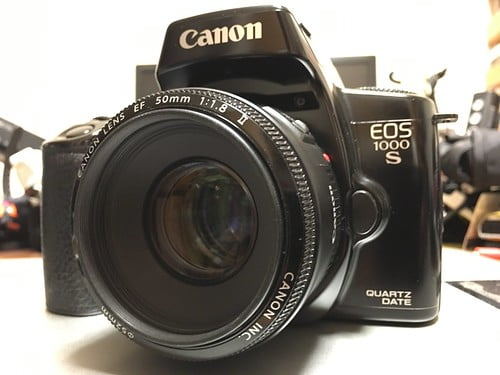 EOS 1000S with 50mm F1.8 II